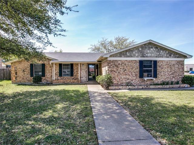 Photo of 1026 Bryant Street  Benbrook  TX