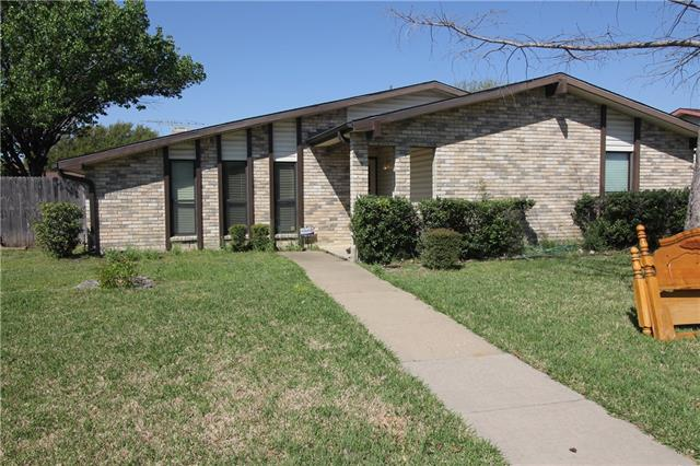 Photo of 2143 Lymington Road  Carrollton  TX