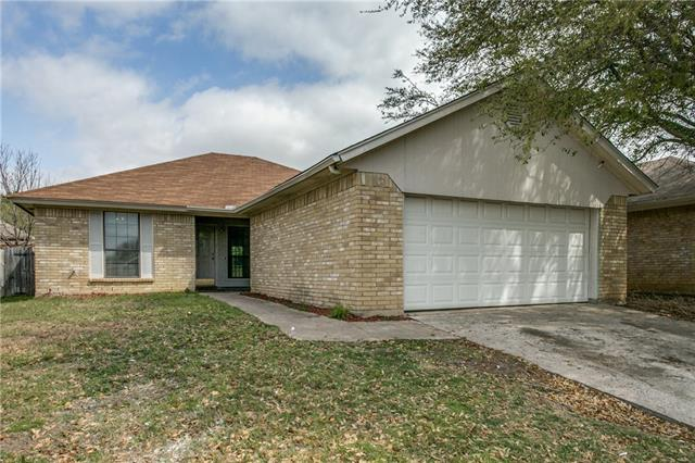 Photo of 236 N Bugle Drive  Fort Worth  TX