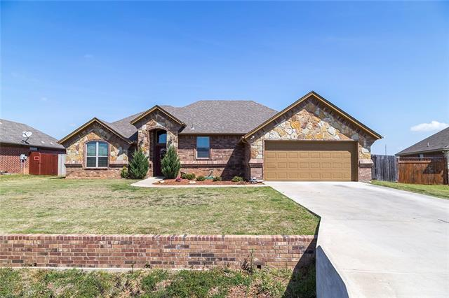 3002 Saunter Ln, Granbury, TX 76049