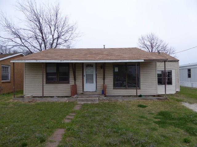 Photo of 413 9th Street  Nocona  TX