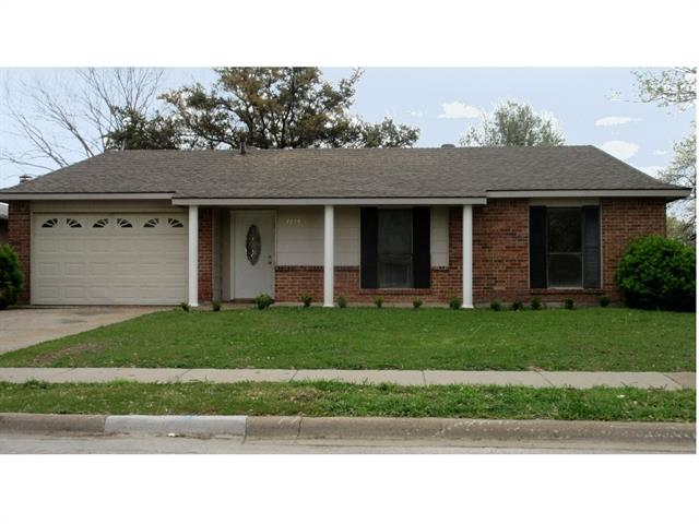 Photo of 1713 Meridian Way  Garland  TX