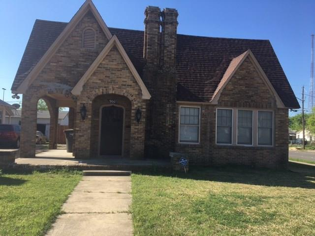Photo of 900 E Mulkey Street  Fort Worth  TX