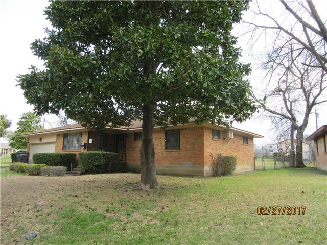 Photo of 1036 Oxbow Lane  Dallas  TX