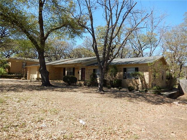 Photo of 624 Forest Lane  Hurst  TX