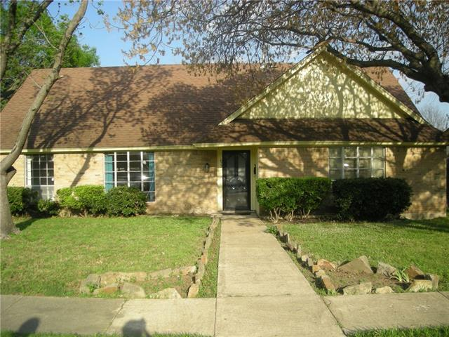 Photo of 622 Bradfield Drive  Garland  TX