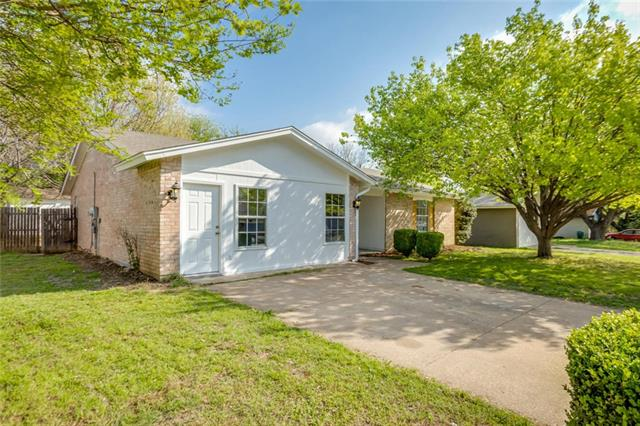 Photo of 903 Belemeade Street  Arlington  TX