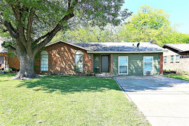 Photo of 2317 Avenue B  Grand Prairie  TX