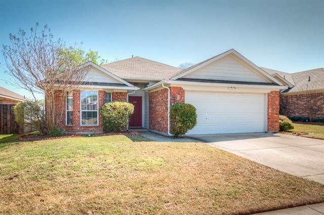 Photo of 2013 Castleview Drive  Fort Worth  TX