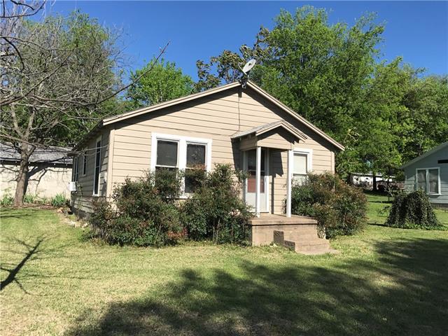 Photo of 503 N Lemmons Street  Hamilton  TX