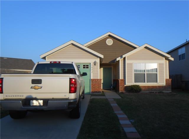 1852 Village Park Trl, Burleson, TX 76028