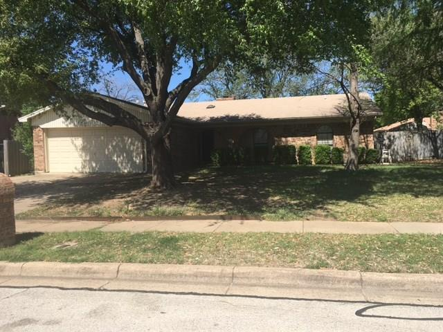 Photo of 2109 Avalon Lane  Arlington  TX
