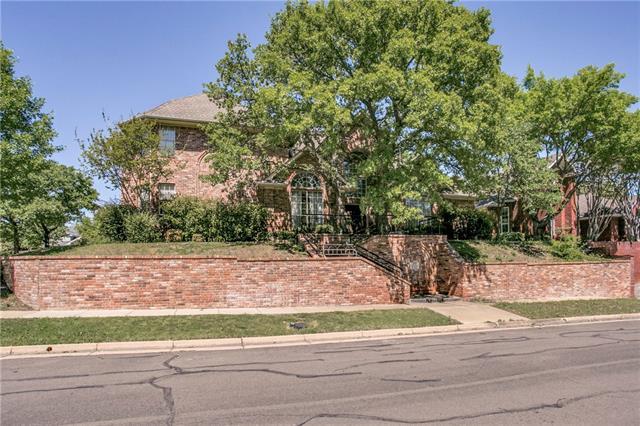 Photo of 2712 Winding Hollow Lane  Arlington  TX