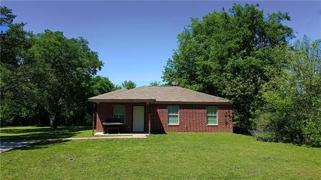 Photo of 106 E Gilmer Street  Rice  TX