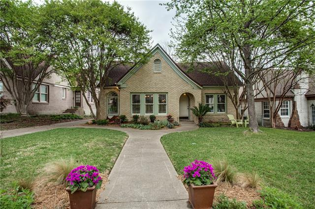 Photo of 812 Newell Avenue  Dallas  TX