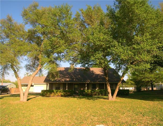 Photo of 119 Squire Place  Red Oak  TX