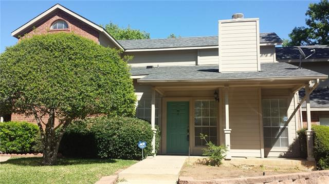 Photo of 1471 Meadowood Village Drive  Fort Worth  TX