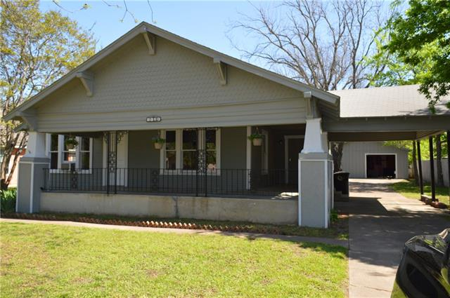 Photo of 1124 N Anglin Street  Cleburne  TX