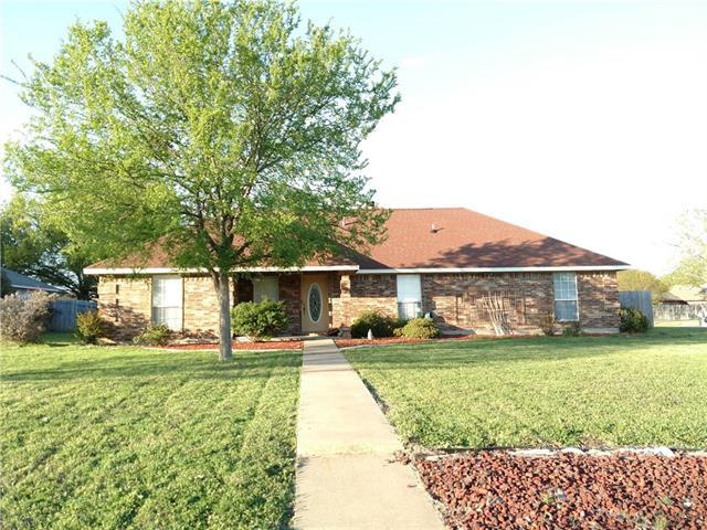 Photo of 1020 W Russell Avenue  Bonham  TX