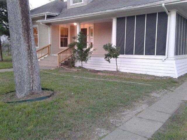 Photo of 1033 S Travis Street  Sherman  TX