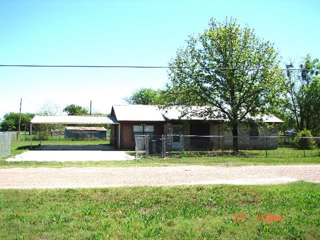 Photo of 305 N Cotton Belt Avenue  Gustine  TX