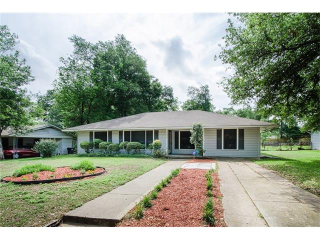 Photo of 1225 Bowie Drive  Corsicana  TX