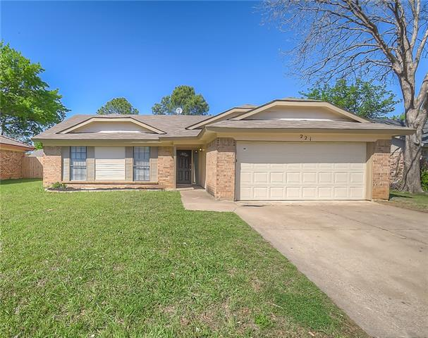 Photo of 221 Kalmia Drive  Arlington  TX