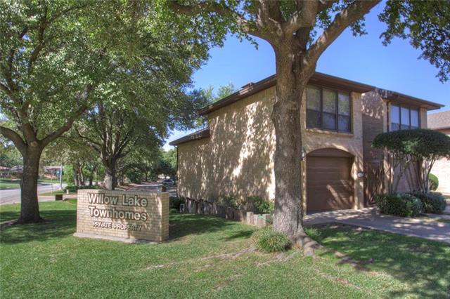 Photo of 4234 Willow Lake Circle  Fort Worth  TX