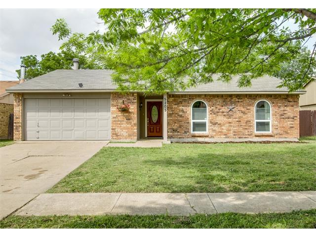 Photo of 5205 Young Drive  The Colony  TX