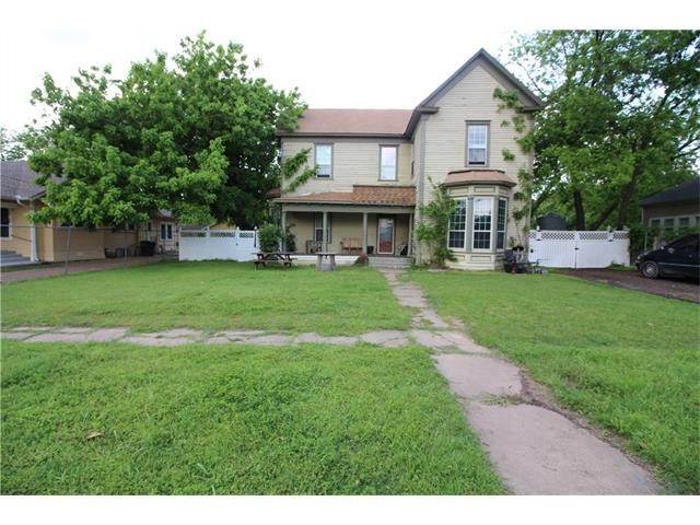 Photo of 417 N Wilhite Street  Cleburne  TX