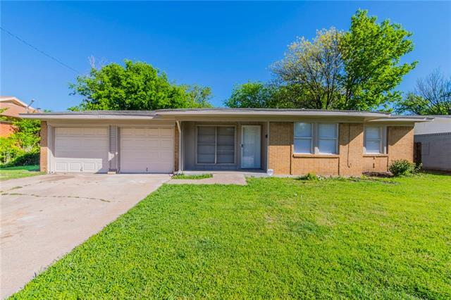 Photo of 1437 Roma Lane  Fort Worth  TX