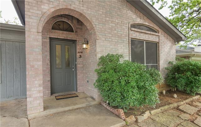 Photo of 1216 Cardinal Oaks Drive  Mansfield  TX