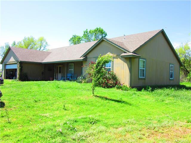 Photo of 5102 Turpin Lake Road  Poolville  TX