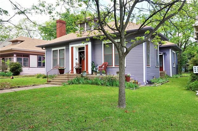 Photo of 1115 W Gandy Street  Denison  TX