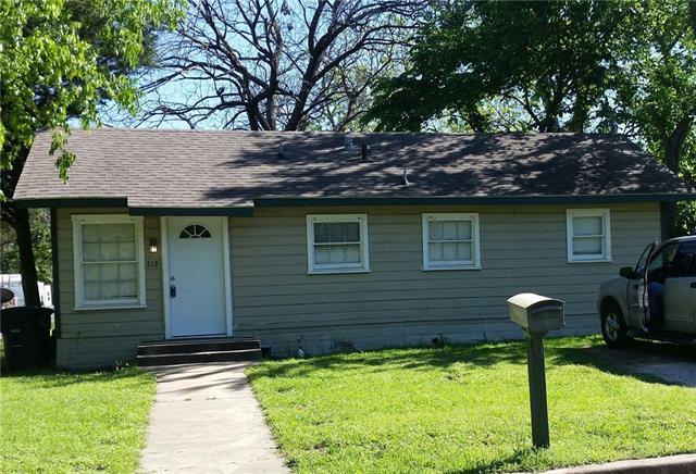 Photo of 219 W Heard Street  Cleburne  TX
