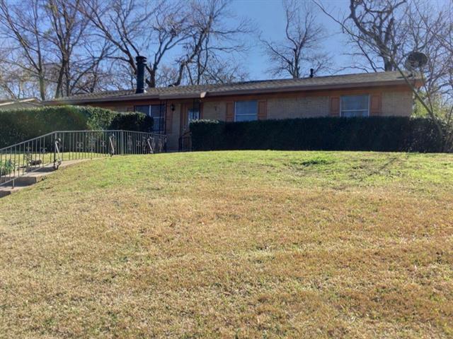 Photo of 609 Ed Hall Drive  Kaufman  TX