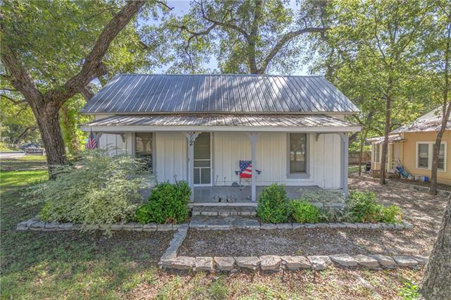 Photo of 602 Barnard Street  Glen Rose  TX