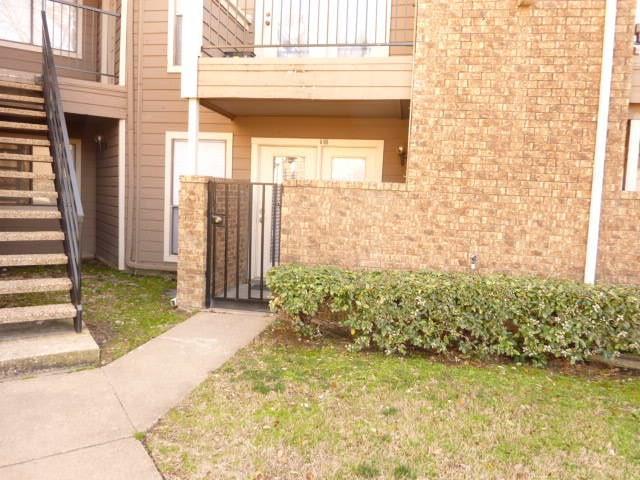 Photo of 9801 Walnut Street  Dallas  TX