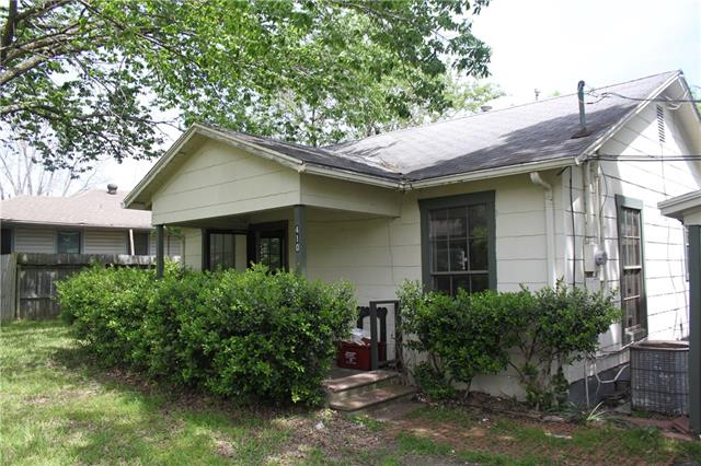Photo of 410 Peterson Street  Royse City  TX