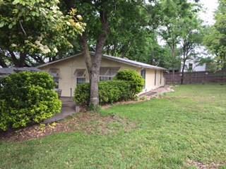 Photo of 702 Whippoorwill Drive  Granbury  TX