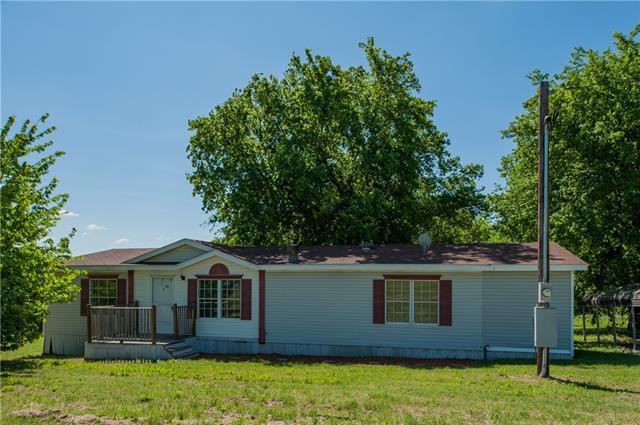 Photo of 843 New Highland Road  Springtown  TX
