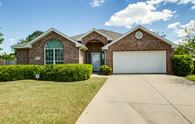 Photo of 8509 Thicket Court  Fort Worth  TX
