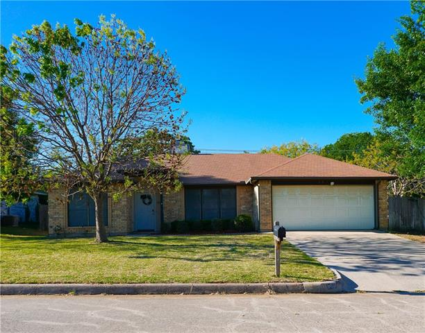 Photo of 203 Bowles Court  Kennedale  TX