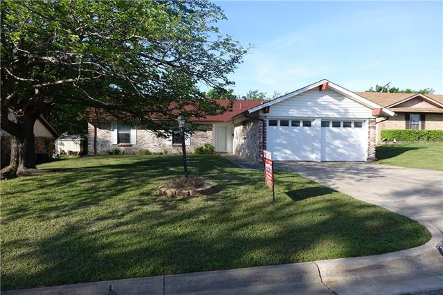 Photo of 2936 Portales Drive  Fort Worth  TX