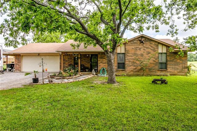 Photo of 141 Baggett Road  Weatherford  TX