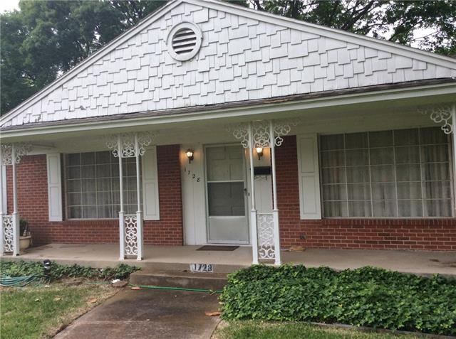 Photo of 1728 W Red Bird Lane  Dallas  TX