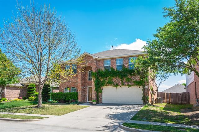 Photo of 1012 Marlow Lane  Fort Worth  TX