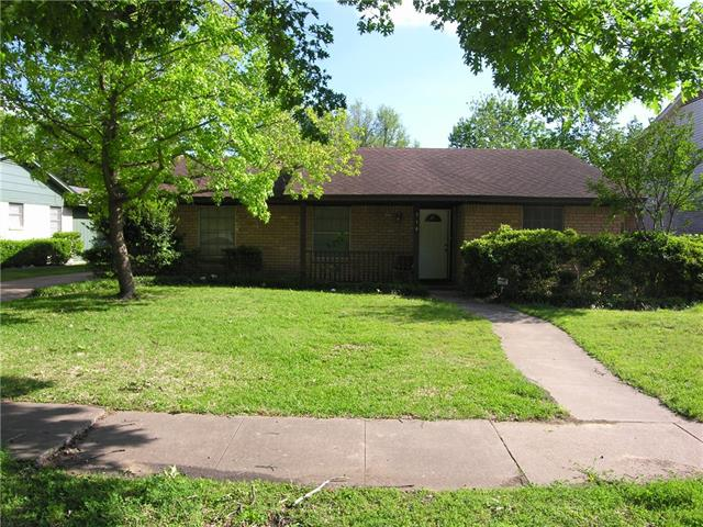 Photo of 710 Sequoia Drive  Lancaster  TX
