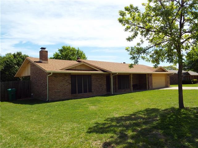 Photo of 806 Oakhollow Road  Eastland  TX