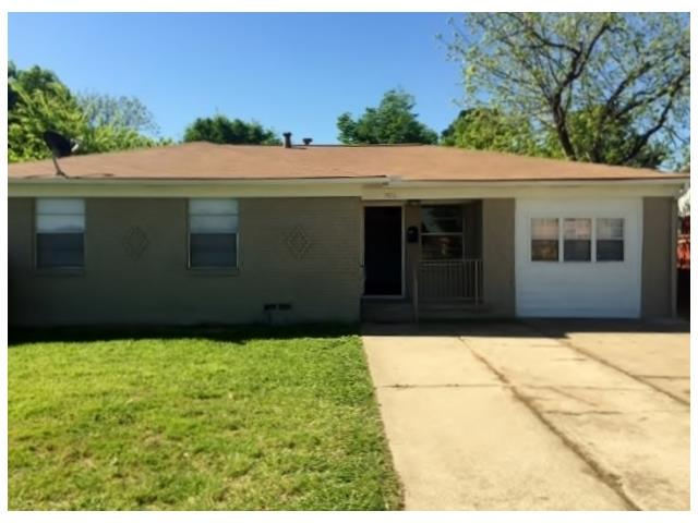 Photo of 1516 E Pioneer Drive  Irving  TX